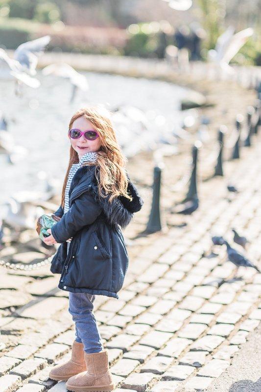spring family lifestyle shoot in Saltwell Park Gateshead - Family portraits by Cristina Ilao Photography