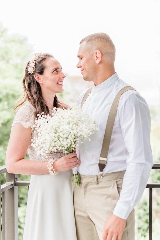 elopement shoot in Tampa Florida USA - Photo by destination wedding photographer Cristina Ilao www.cristinailao.com