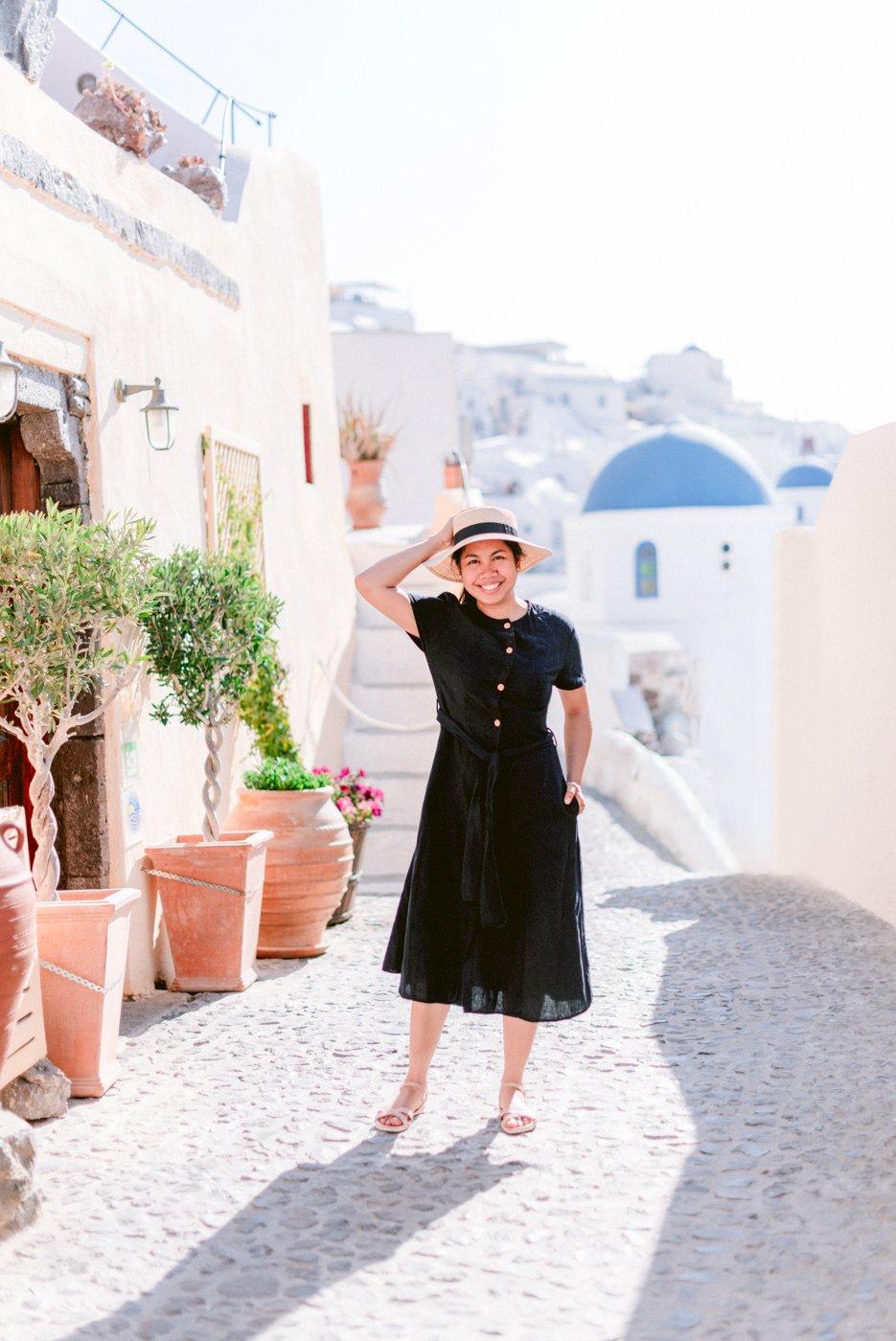 Lifestyle shoot in Oia Santorini Greece : In Photo Cristina Ilao of Cristina Ilao Photography www.cristinailao.com