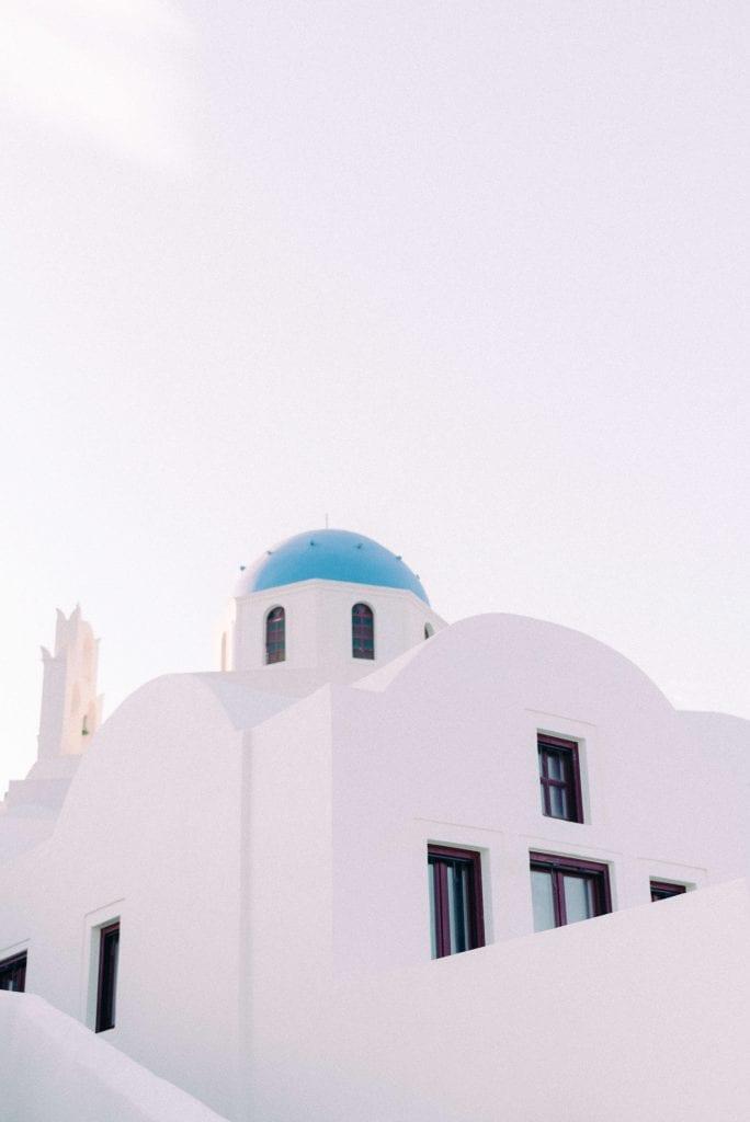 Santorini blue dome houses - Photography by Cristina Ilao www.cristinailao.com