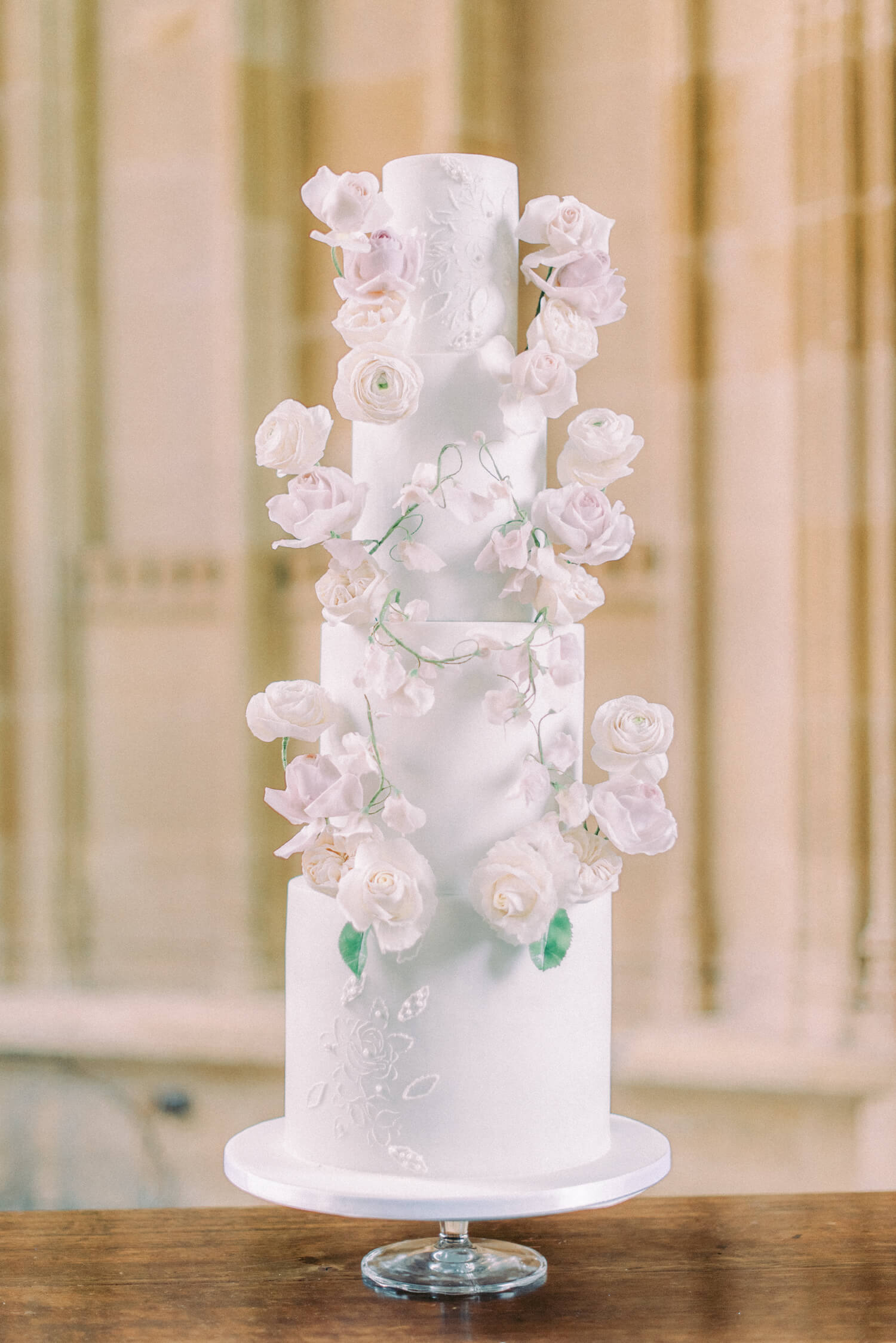 romantic wedding ideas - 4 tier luxury wedding fondant with sugar flowers pink roses, white and peach ranunculus, blush sweet peas.  designed by MonAnnie Cakes, photo by Cristina Ilao Photography
