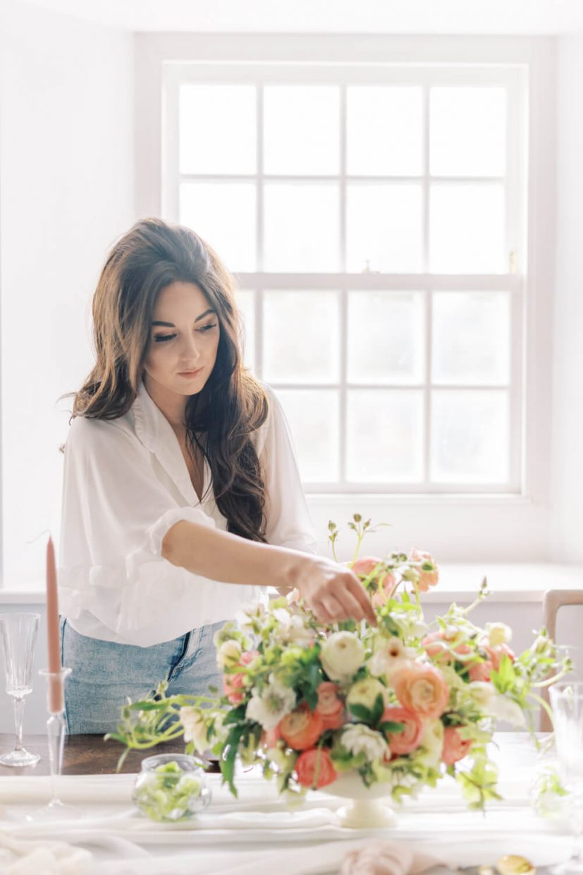 Minimalist and simple branding session with Oxfordshire Wedding Planner, Alexandra Rose Weddings; white angel sleeve blouse, white room with light and airy effect in Oxfordshire wedding venue. Styled by Alexandra Rose Weddings and Photo by Cristina Ilao